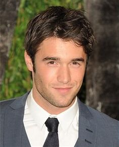 "Joshua Tobias ""Josh"" Bowman (born 4 March is a British film and television actor. He is currently known for portraying Daniel Grayson in ABC's Revenge. Most Handsome Actors, Hot Actors, Actors & Actresses, Josh Bowman, Most Beautiful Man, Gorgeous Men, Hottest Male Celebrities, Celebs, Raining Men"