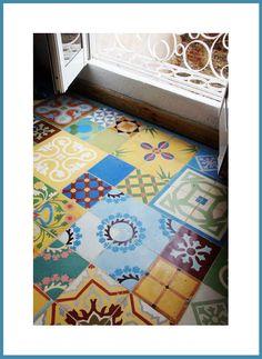 Crea #diseños originales con tu #suelo #ceramico