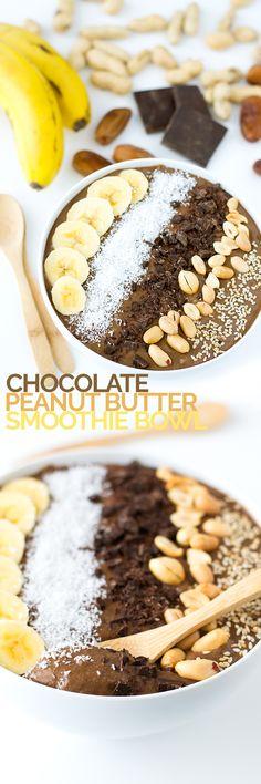 (Vegan and GF) Chocolate Peanut Butter Smoothie Bowl #vegan #glutenfree