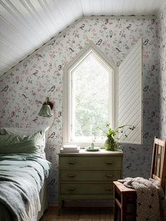 Bedroom Inspo, Home Bedroom, Bedrooms, Decor Room, Bedroom Decor, Wall Paper Bedroom, Home Decor Inspiration, Design Inspiration, Look Rose