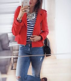 Strike a pose ❤️📸💥 Red + Blue stripes + jeans #look . . . . . . . . . . #bonjour #itsfridaybaby #tgif #instacool #ootd #style #fashion #mylook #details #chanel #zara #mystyle #myoutfit #mylife #instafashion #glam #bloggerstyle #stylish #blogger #fashiongram #fashionist #inspo #fashionblog #mirrorselfie #glamour #loveit