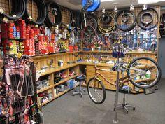 Bicycle Cafe, Beer Bike, Bicycle Store, Bike Tool Storage, Cheap Motorcycles, Bike Tools, Classic Bikes, Mountain Biking, Workshop