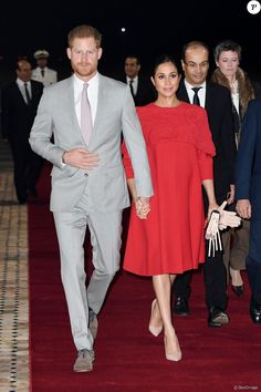Meghan Markle seems to be taking being a royal in her stride. The Duchess of Sussex recently completed her first-ever African royal tour in Morocco. Prince Harry Et Meghan, Meghan Markle Prince Harry, Harry And Meghan, Princess Meghan, Sarah Jessica Parker, Dolce & Gabbana, Duke And Duchess, Duchess Of Cambridge, Who What Wear