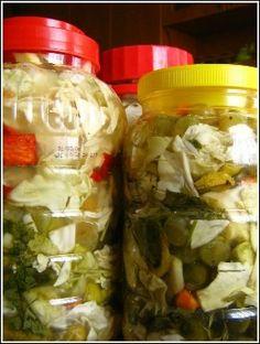 karışık turşu Pasta, Turkish Recipes, Vegetable Recipes, Pickles, Cucumber, Homemade, Canning, Meat, Chicken
