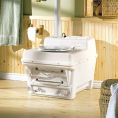 waterless and self contained composting toilet
