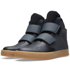 The Nike Flystepper 2K3: back to the futuristic hi-tops //