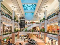 As the largest shopping mall in Eastern Canada, Laurier Québec is the most popular tourist destination in the city after Old Québec, with over 12 million visitors annually. Old Quebec, Quebec City, Chute Montmorency, Chateau Frontenac, Le Petit Champlain, Destinations, Tourism Website, Visit Website, Best Sites