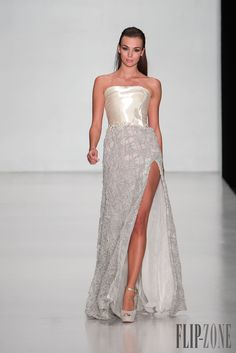 Tony Ward Miss Universe 2013, Moscow - Couture - http://www.flip-zone.com/tony-ward-4299