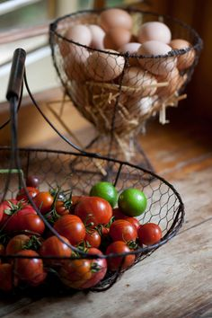 rusticmeetsvintage:    Fresh produce - from paddock to plate. The owners grow Tiny Tom and Russian Black cherry tomatoes in their basketball-court-sized vegetable patch.  PHOTOGRAPHY CRAIG WALL