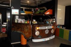 Beetle cafe consept. #beetle #cafe #bar #retro #vosvos #desingn