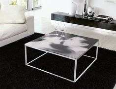 Glass Coffee Tables That Every Living Room Craves Types Of Furniture, Modern Furniture, Furniture Design, Dinner Party Table, Cool Coffee Tables, Glass Table, Contemporary Interior, Table Decorations, Living Room