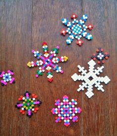 flocons en perles hama
