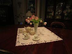 Karen's Cottage and Castle: Two Sadler Teapots for Tea Time