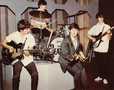 Megapost De Gifs De Los Beatles