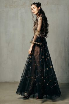 the hera constellation dress by cucculelli shaheen. it takes over 730 hours of h… the hera constellation dress by cucculelli Pretty Dresses, Beautiful Dresses, Beautiful Things, Constellation Dress, Cool Outfits, Fashion Outfits, Fashion Hacks, Skirt Outfits, Hijab Fashion