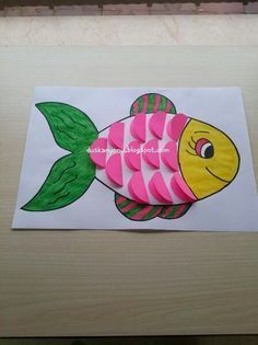 Ideas rainbow art projects for toddlers Paper Crafts For Kids, Diy For Kids, Arts And Crafts, Ocean Crafts, Fish Crafts, Rainbow Fish, Rainbow Art, Fish Ocean, Art N Craft