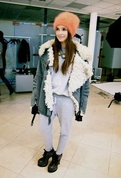 http://fashioninspirationdaily.blogspot.ro/2013/10/style-icon-of-month-mira-duma.html