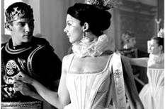 xxx The Tudors Tv Show, King Henry, Henry Viii, Jonathan Rhys Meyers, Natalie Dormer, Anne Boleyn, Movie Tv, Eye Candy, Tv Shows