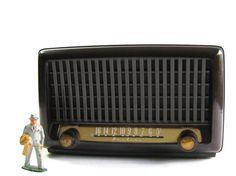 Vintage Table Radio - Montgomery Wards - Airline Radio - Tube Radio on Etsy, $44.00