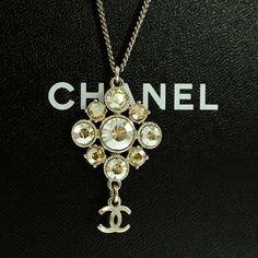 Chanel gold chain necklace n 19 eau de parfum pendant perfume chanel silver pendant rhinestones cc necklace crystals 09v auth aloadofball Choice Image