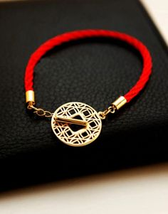 Feng Shui red bracelet amulet with Chinese ancient fortune coin for wealth(like how the hole of the coin works as part of the hasp. Can use this method with jade or metal coins)**LL
