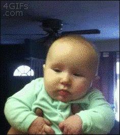 Cuando el bebé se enoja, literalmente, por ningún motivo:   15 Rostros demasiado familiares para los que acaban de tener un bebé