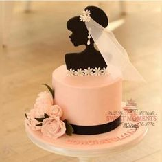 Gorgeous Bridal Shower Cake by @sweetmomentsq That Cake Topper #Cakebakeoffng #CBOcakes #AmazingCakes #CakeInspiration Gorgeous Cakes, Pretty Cakes, Amazing Cakes, Fondant Cakes, Cupcake Cakes, Gateau Baby Shower, Silhouette Cake, Bride Silhouette, Brides Cake