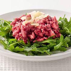 VEGA: Romige bietenrisotto met Italiaanse kaas. Gemaakt met geitenkaas ipv roomkaas/kaasvlokken. Heeel lekker!