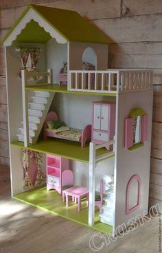 Casa de muñecas hecha a mano. Mini Doll House, Toy House, Barbie Doll House, Wooden Barbie House, Barbie Furniture, Dollhouse Furniture, Kids Furniture, Wooden Dollhouse, Diy Dollhouse