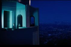 A scene from La La Land shot at the Griffith Observatory.