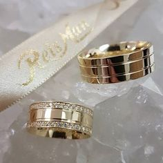 Perfect 💍 🎉🎉🔜🔜 Join our club link in bio to get your membership😄💋 Gold Wedding Rings, Wedding Bands, Gold Rings, Engagement Rings Couple, Couple Rings, Alternative Wedding Rings, Unique Rings, Bridal Jewelry, Jewelry Accessories