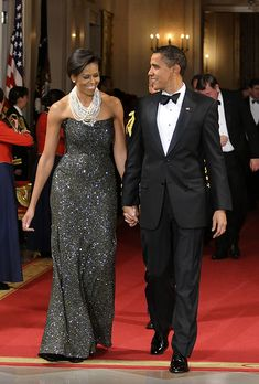 February 22, 2009 Peter Soronen Deep purple sequined gown  White House Black-tie dinner hosting National Governors Association