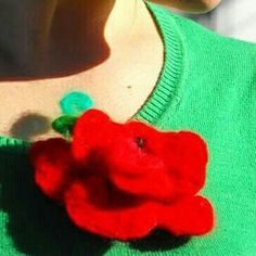 Hand Flowers, Birthday Wishes, Valentine Gifts, Crochet Necklace, Etsy, Vintage, Jewelry, Fashion, Moda