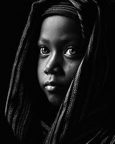 # Soul wind # Capturing looks ♥. # Soul wind # Capturing looks # - Black And White Face, Black And White Pictures, Black Gold, Face Photography, Children Photography, African American Art, African Art, Black Women Art, Black Art