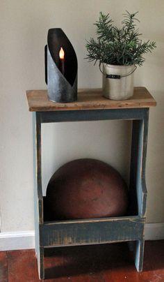 Google Image Result for http://oldstonefurniture.files.wordpress.com/2012/08/sm-bucket-bench.jpg