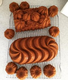 Nordic Ware в Instagram: «@bethymcar is dealing with a slight pumpkin Bundt obsession today. This is getting out of hand--she's baked in our new Heritage Loaf pan, Bundt Brownies pan and our Botanical Pumpkin Loaf--just in the last two hours! #bundtobsession #bundtstagram #lovetobake #bakestagram #pumpkin» Pumpkin Loaf, Out Of Hand, Brownie Pan, Baking Cakes, Nordic Ware, Loaf Pan, Cake Pans, No Bake Cake, Brownies