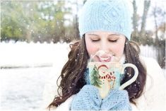 Winter Skin Tips Vitamin C is essential if you are looking for that even toned,glowing skin. Its antioxidant properties help to get rid of the free radicals White Chocolate Mocha, Chocolate Caliente, Vegan Chocolate, Captain Morgan, Personalised Jigsaw Puzzle, Personalized Puzzles, Slimming Coffee, Coffee Around The World, Recipe Girl
