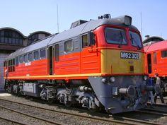 BR 120 M62 MAV Diesel, Rail Train, Choo Choo Train, Old Trains, Train Tracks, Model Trains, Railroad Tracks, Transportation, Landscape
