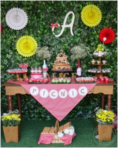 Festa Picnic Picnic Themed Parties, Farm Themed Party, Picnic Birthday, Birthday Parties, Picnic Decorations, Teddy Bear Party, Bbq Party, Holidays And Events, Event Decor