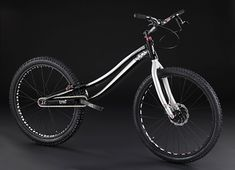 Bikes Insanas: Trial Bike - Seat is not necessary...
