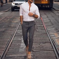 Best collections of mens fashion trends! Best Business Casual Outfits, Casual Shirts For Men, Men Casual, Casual Clothes, Smart Casual Menswear Summer, Casual Chic, Beach Wedding Men, Summer Wedding Outfits, Male Wedding Guest Outfit