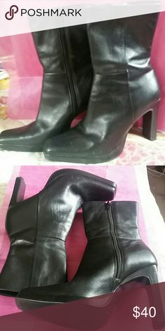 """Black Steve Madden Starlet Ankle Boots EUC... Black Leather Ankle Boots 4"""" high... These have not been worn much maybe a handful of times... Steve Madden Shoes Ankle Boots & Booties"""