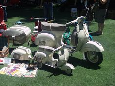 Vespa GL with Pav trailer and mini-version of of Vespa with trailer.