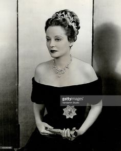 Tallulah Bankhead Get premium, high resolution news photos at Getty Images Hollywood Images, Old Hollywood Stars, Hollywood Icons, Vintage Hollywood, Hollywood Actresses, Classic Hollywood, Actors & Actresses, Tallulah Bankhead, Classic Actresses