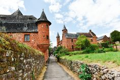 This Is The Most Beautiful Village In France - Collonges-La-Rouge - Hand Luggage Only - Travel, Food & Photography Blog