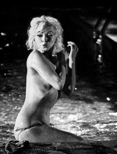 Are Marilyn monroe nue voir sexe image