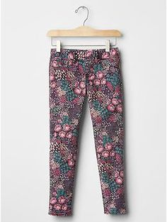 1969 serious stretch floral pull-on legging jeans - Our new denim is designed for dynamic movement. Made with innovative stretch qualities and improved softness, it�s perfect for all day play.