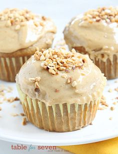 These Banana Cupcakes with Peanut Butter Frosting have all of the amazing flavors of a PB & Banana Sandwich that gets baked into a cupcake that you'll love! via @bestblogrecipes