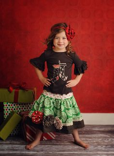 I wish I had a little girl.  She would be wearing clothes like this.  Love the outfit!