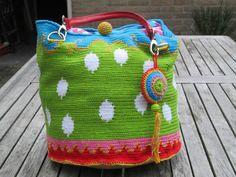 Ikkeismooi: Verrassing voor de gehaakte Oilily look a like tas...